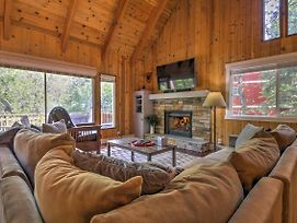 Gorgeous Lake Arrowhead Retreat With Game Room And Deck photos Exterior