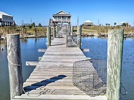 Waterfront New Orleans Home W/Private Dock photos Exterior