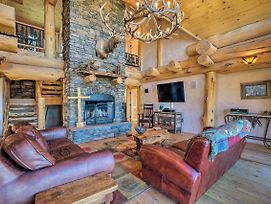 Luxe Ski-In/Ski-Out Cabin W/Hot Tub & Deck photos Exterior