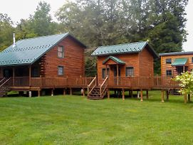 Cabin Complex W/ Trout-Stocked Creek On-Site! photos Exterior