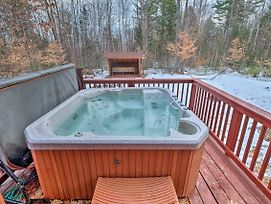Secluded Adirondacks Outdoor Escape W/Hot Tub photos Exterior