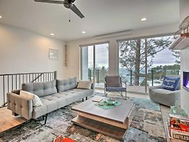 Depoe Bay Townhome With Deck And Ocean Views! photos Exterior