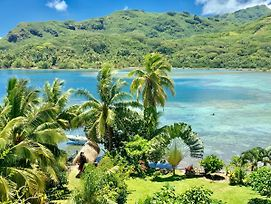 Blue Lagoon Lodge Huahine Bungalow Vue Mer Et Acces Prive Lagon photos Exterior