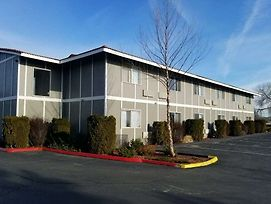 Travelodge By Wyndham Moses Lake photos Exterior