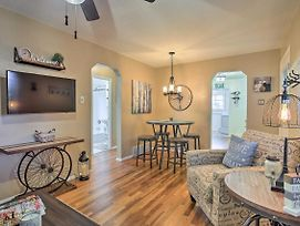 New! Remodeled Home 10-Min Walk From Dt Littleton! photos Exterior
