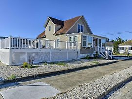 Quaint Wildwood House W/ Pool - Walk To Beach! photos Exterior