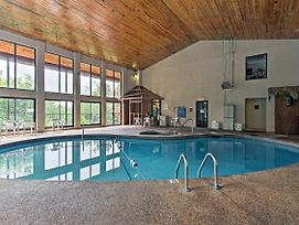 Pigeon Forge Condo W/Indoor Pool - Near Dollywood! photos Exterior