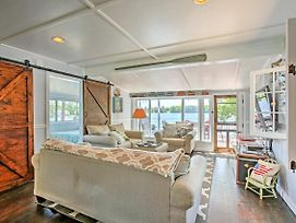 Cozy Slice Of Traverse City Heaven W/Private Beach! photos Exterior