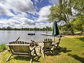 Cozy Wautoma Home W/ Boats & Dock On Bughs Lake! photos Exterior