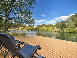 The Bella Vista Lakeside Treehouse With Dock And Kayaks photos Exterior