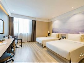Atour Hotel South Huandao Road Seaview Xiamen photos Exterior