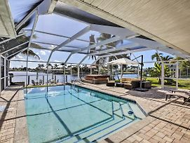 Grand Cape Coral Home W/Pool, Hot Tub & Dock! photos Exterior
