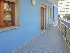 Two-Bedroom Apartment In Rosolina Mare Ro photos Exterior