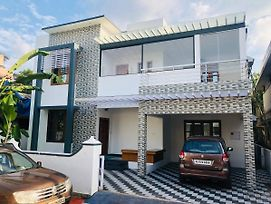 Stanly'S Luxury Orchid Villa photos Exterior
