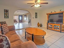 Canalside Cape Coral Home W/Private Pool - Pets Ok photos Exterior