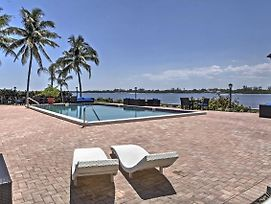 Waterfront Palm Beach Condo W/Private Beach Access photos Exterior