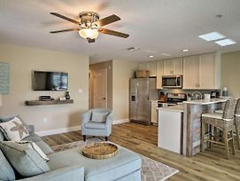 Newly Built Cocoa Beach Apt - 1 Block To Beach! photos Exterior