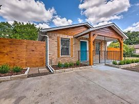 Updated Uptown Dallas House - 2 Miles To Downtown! photos Exterior