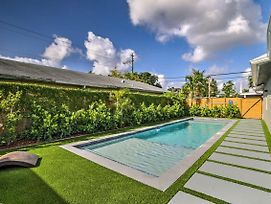 Remodeled Fort Lauderdale Home W/Shared Pool! photos Exterior