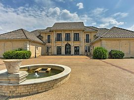 Lavish Denison Mansion On 124 Acres W/Indoor Pool! photos Exterior