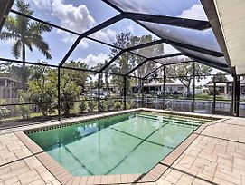 'Pacific Dream' North Fort Myers Canal Home W/Pool photos Exterior