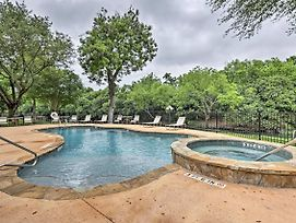 Condo On Comal River W/ Pool - Near Tube Rental! photos Exterior