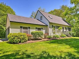 Charming Owls Head Retreat - 2 Miles To Rockland! photos Exterior