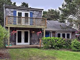 New! 'Watercolor Cottage' 2 Minute Walk To Beach! photos Exterior