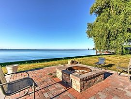 New! Remodeled Michigan Cottage On Lake St. Clair! photos Exterior