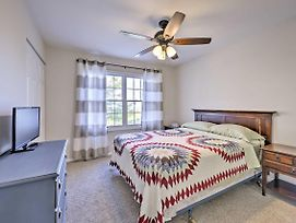 Atlantic City Townhome W/Ocean View -Mins To Beach photos Exterior