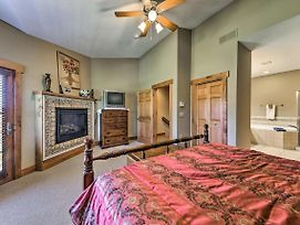 Cozy Southwind Seven Springs Home, Ski-In/Ski-Out! photos Exterior