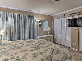 Waterfront Panama City Beach Condo W/ Pool Access! photos Exterior