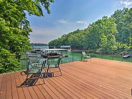 New! Large Gainesville Home W/ Dock On Lake Lanier photos Exterior