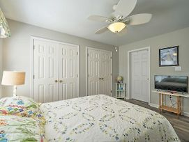 Updated Townhome W/Wifi & Grill-Walk To Kure Beach photos Exterior