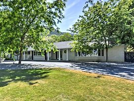 Wellsville House W/Mtn Views, Yard & Tennis Court! photos Exterior