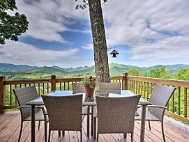 Burnsville Cottage W/ Deck & Blue Ridge Mtn Views! photos Exterior