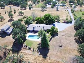 Palo Cedro Home W/ Mountain Views, Pool & Pasture! photos Exterior