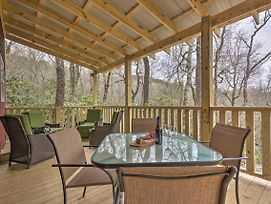 Charming Linville Mountain Studio With Deck And Views! photos Exterior