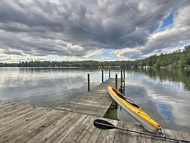 Lake Winnipesaukee Cottage With Kayaks And Dock! photos Exterior