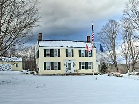 Historic Bradford Home - 8 Miles To Mt. Sunapee! photos Exterior