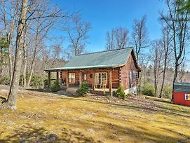 Hillsville Cabin With Fire Pit By Blue Ridge Pkwy! photos Exterior