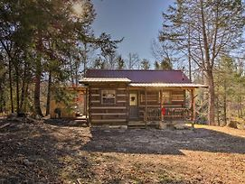 Peaceful Caney 'Creekside Hideout' Cabin With Hot Tub photos Exterior