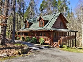 Sevierville Cabin W/Hot Tub, 6 Mi To Pigeon Forge! photos Exterior