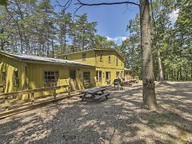 Rustic 'Clint Eastwood' Ranch Apt By Raystown Lake photos Exterior