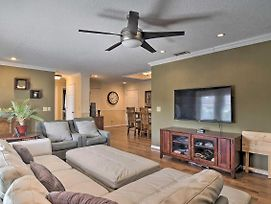 Upscale Home W/ Fire Pit Less Than 11 Miles From Lido Key! photos Exterior