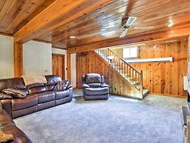 Custer Home With Deck And Porch - Walk Downtown! photos Exterior