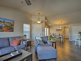 Colorado Springs Townhome-2 Mi. To Air Force! photos Exterior