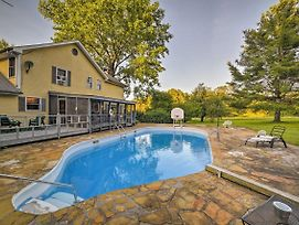 Dayton Home With Pool, Porch And Deck On 37 Acres! photos Exterior