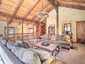 Bright Lake Tahoe Cabin With Fireplace, Grill And Decks photos Exterior