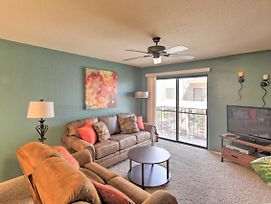New! Lake Havasu Condo W/Balcony 5 Mins From Lake photos Exterior